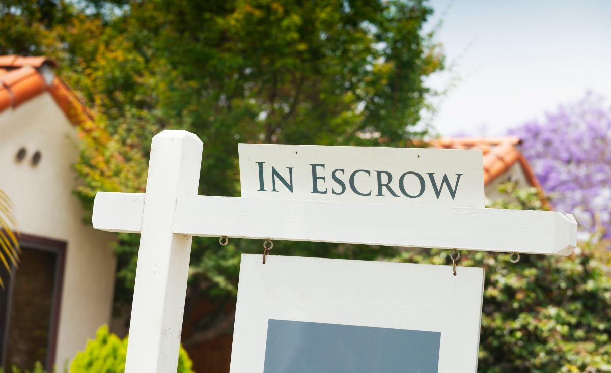 house in escrow